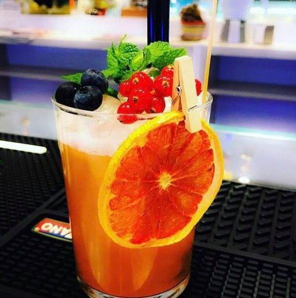 cocktail apericena
